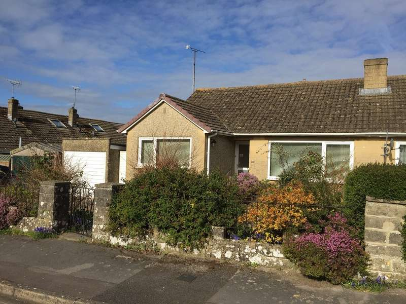3 Bedrooms Semi Detached Bungalow for sale in Cirencester