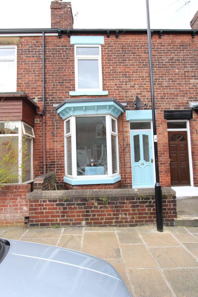 3 Bedrooms Terraced House for rent in Carrington Road, Sheffield, S11