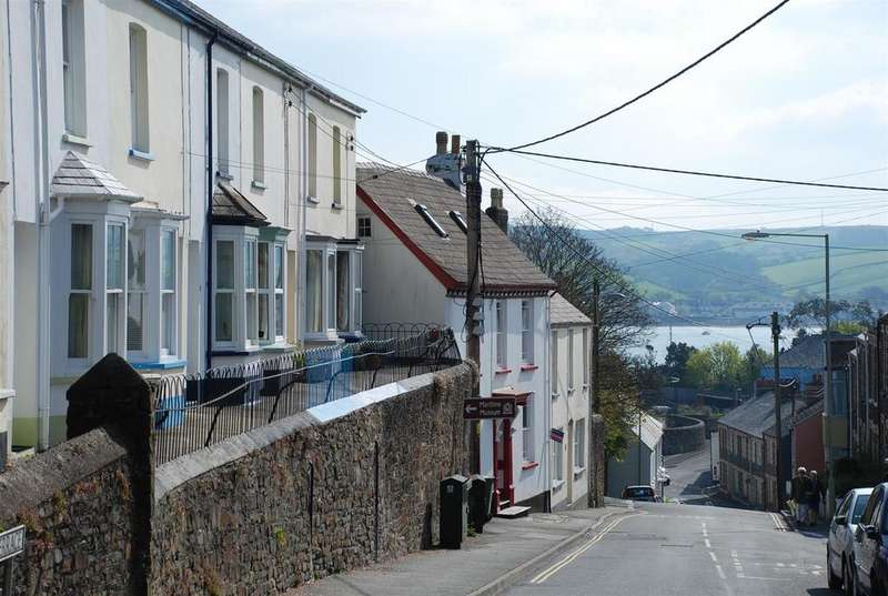2 Bedrooms Cottage House for sale in Odun Terrace, Appledore, Bideford