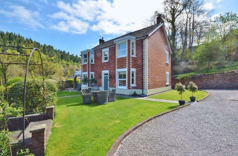 4 Bedrooms Detached House for sale in Upper Lydbrook