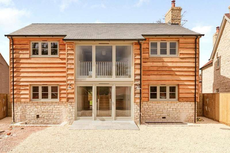 4 Bedrooms Detached House for sale in Peppard Common, Henley-on-Thames, RG9