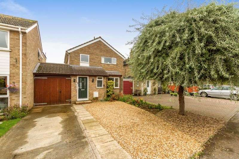 4 Bedrooms Detached House for sale in Millwood Vale, Long Hanborough