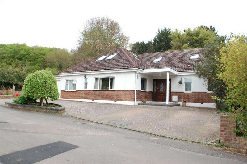5 Bedrooms Detached House for sale in The Limberlost, Welwyn, Hertfordshire