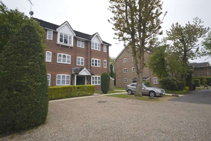 2 Bedrooms Flat for sale in Foxlands Close, Leavesden, Watford, WD25