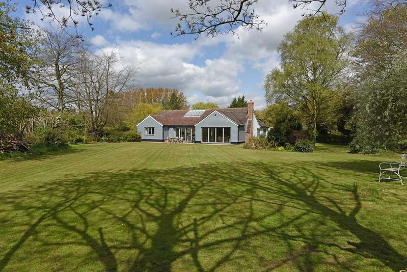 5 Bedrooms Detached Bungalow for sale in Saxtead, Nr Framlingham, Suffolk