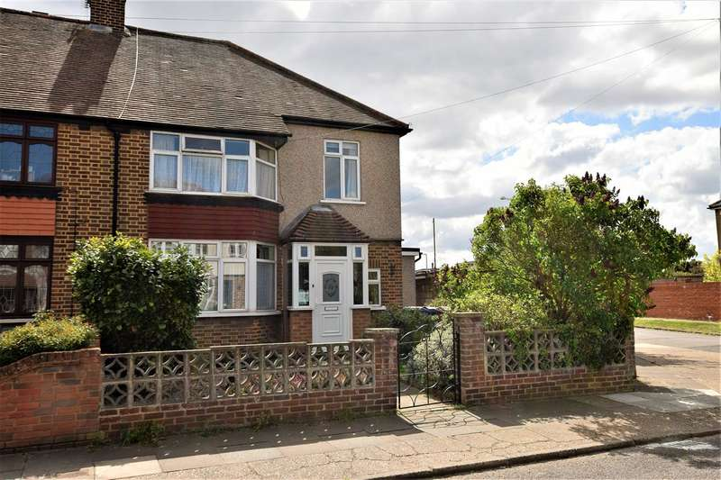 3 Bedrooms Semi Detached House for sale in Buxton Road, Grays