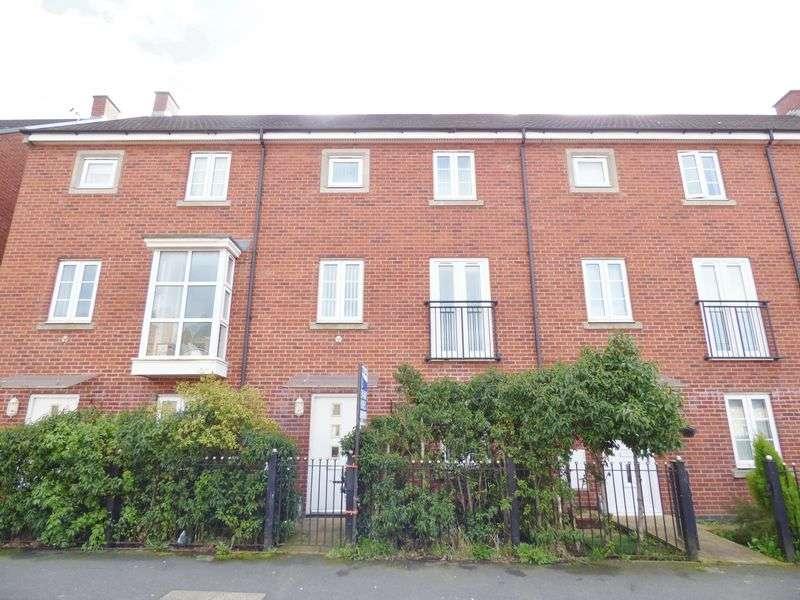 4 Bedrooms House for sale in Pinehurst Walk, Chapelford