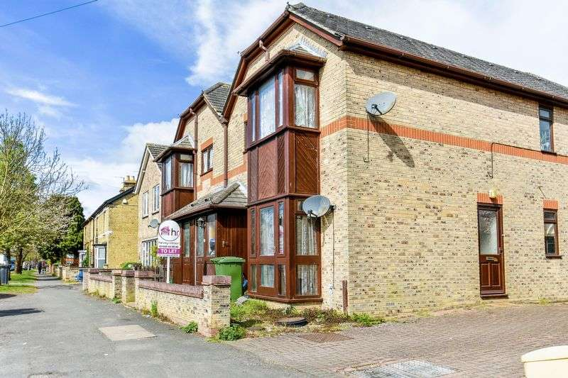 2 Bedrooms Flat for sale in High Street, Warboys, PE28 2TA