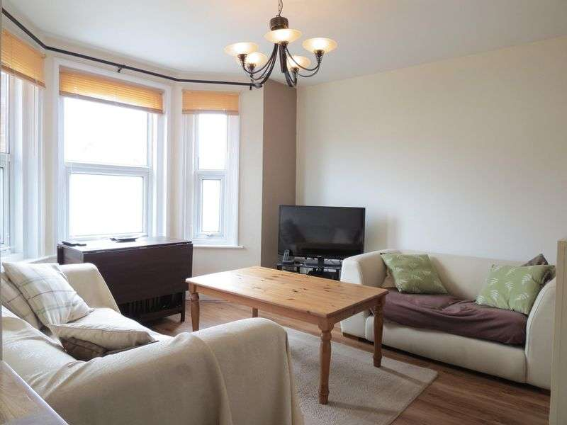 2 Bedrooms Flat for sale in 176 Alma Road, Bournemouth