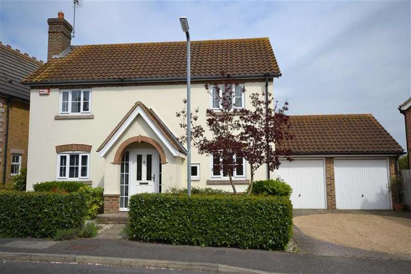 4 Bedrooms Detached House for sale in Osterley Place, South Woodham Ferrers, Essex