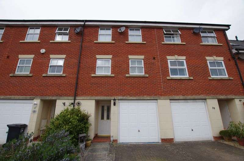 3 Bedrooms Terraced House for sale in WESTON VILLAGE