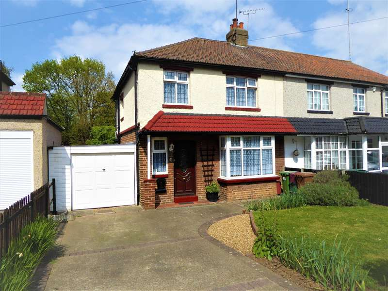 3 Bedrooms Semi Detached House for sale in Northall Road , Barnehurst, Kent , DA7 6JD