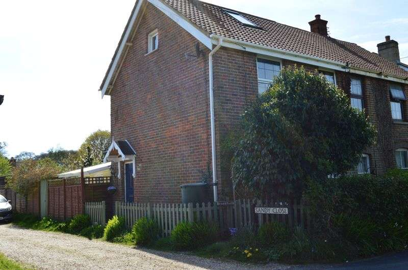 3 Bedrooms Cottage House for sale in Sandy Lane, Newport