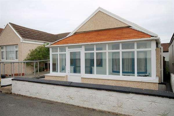 3 Bedrooms Bungalow for sale in Brooklands, Jaywick