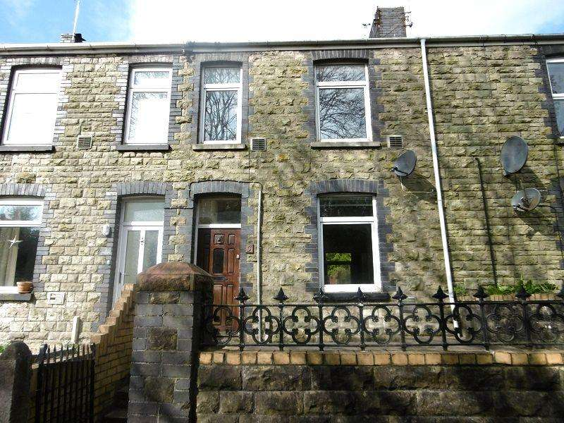 3 Bedrooms Terraced House for sale in Mackworth Street, Bridgend, Bridgend.