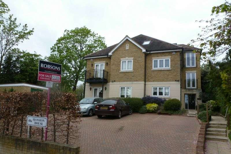 3 Bedrooms Flat for sale in Mansion House, Murray Road, Northwood