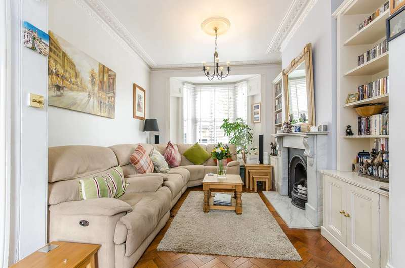 3 Bedrooms House for sale in Driffield Road, Bow, E3