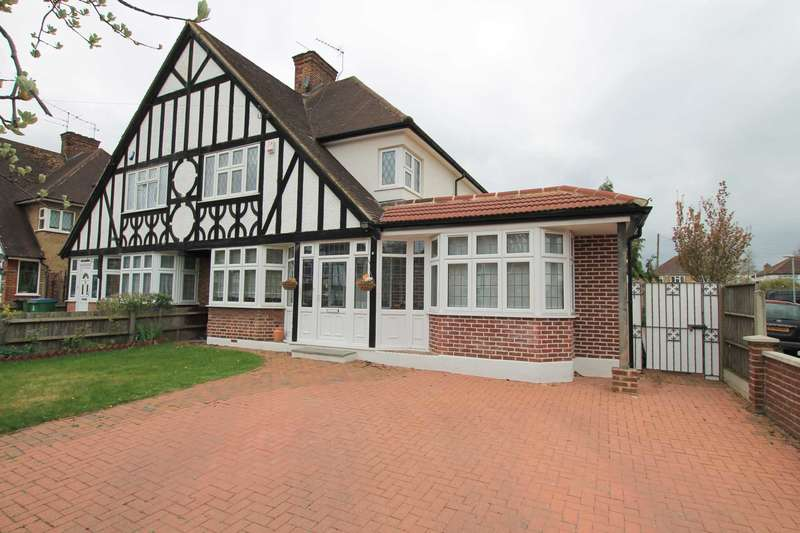 4 Bedrooms Semi Detached House for sale in Tudor Avenue, Tudor Estate, Watford