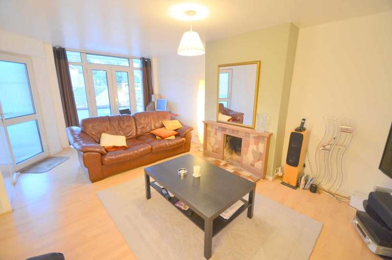 2 Bedrooms Apartment Flat for sale in Sycamore Place, Amersham HP6
