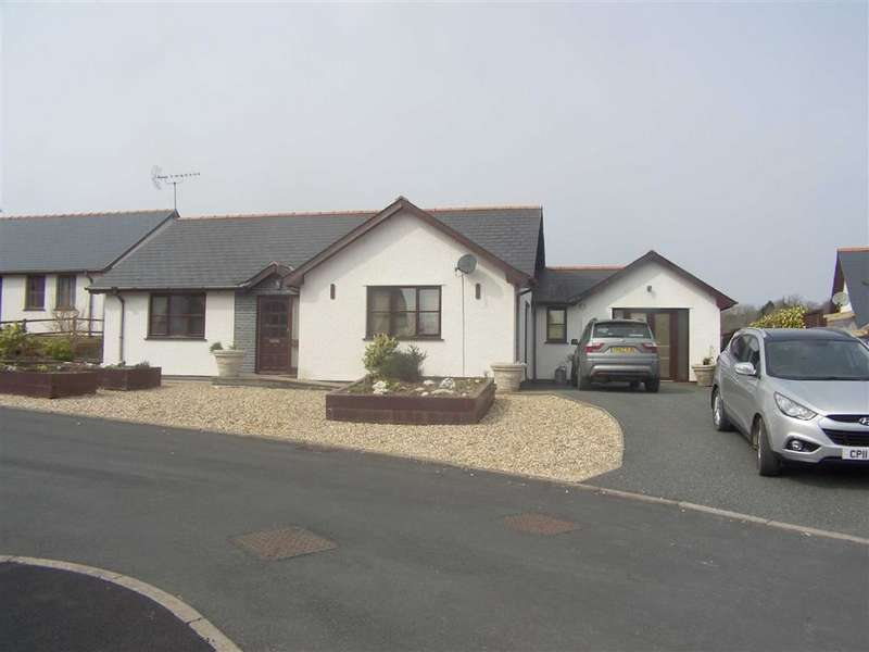 3 Bedrooms Detached Bungalow for sale in Clos Tawela, Silian, Lampeter