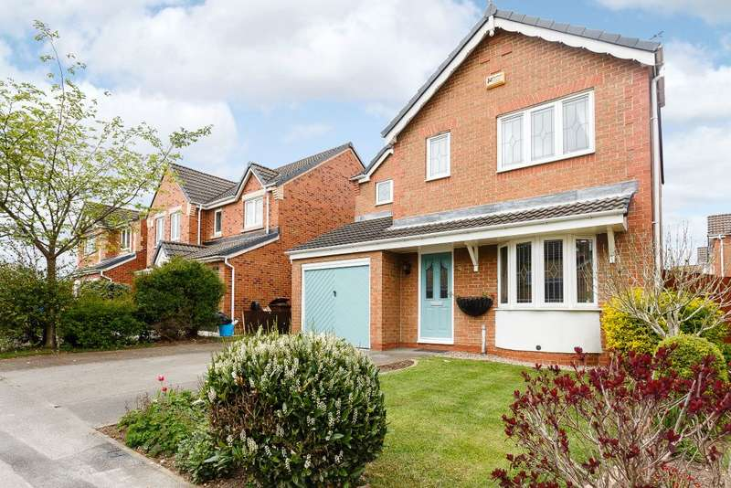 4 Bedrooms Detached House for sale in Dalefield Way, Normanton, WF6