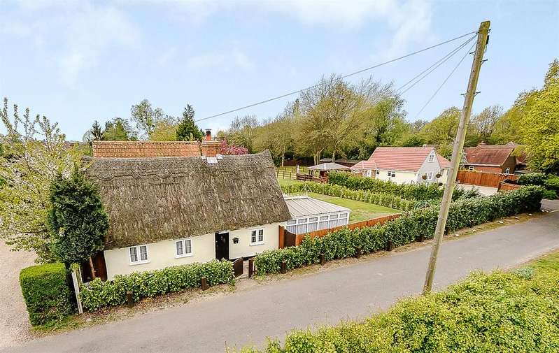 2 Bedrooms Detached House for sale in High Street, Langham, Colchester
