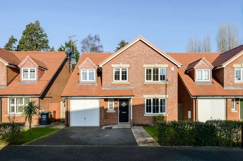 4 Bedrooms Detached House for sale in Appleby Drive, Croxley Green, Hertfordshire WD3 3FP