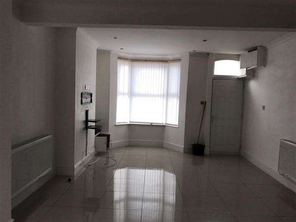 3 Bedrooms Terraced House for sale in Stamford Street, Liverpool
