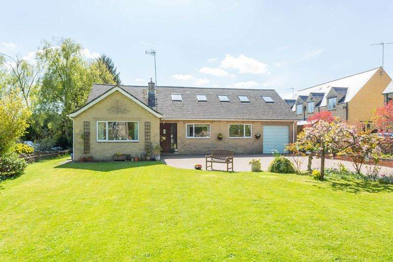 5 Bedrooms Detached Bungalow for sale in Old Forge Road, Great Rollright, Chipping Norton