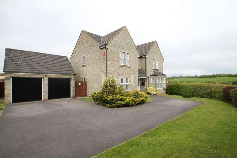 4 Bedrooms Detached House for sale in Beaufort Close, Weston-super-Mare