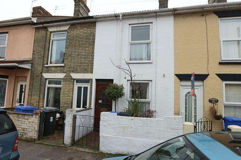 3 Bedrooms Terraced House for sale in Cathcart Street, Lowestoft