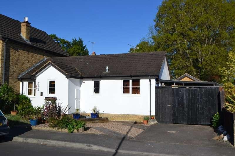 2 Bedrooms Bungalow for sale in Verwood