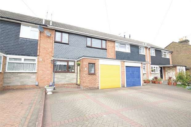 3 Bedrooms Terraced House for sale in Prospect Road, Cheshunt, Hertfordshire