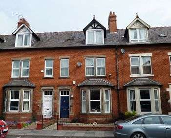 5 Bedrooms Terraced House for sale in Warwick Road, Carlisle, CA1 1LP