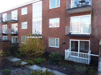 House for sale in Belvedere Court, Kingsway, Lytham St. Annes, Lancashire, FY8