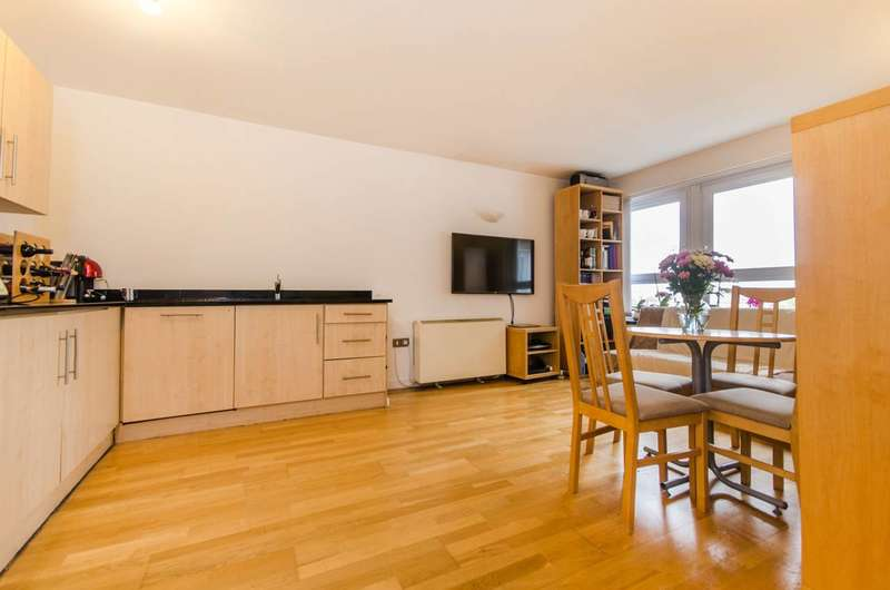 1 Bedroom Flat for sale in The Vista Building, Calderwood Street, Woolwich, SE18