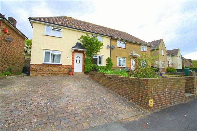 3 Bedrooms Semi Detached House for sale in The Avenue, Brighton, East Sussex, BN2 4GG