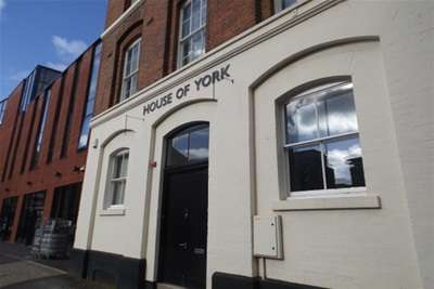 3 Bedrooms Flat for rent in House Of York, Charlotte Street