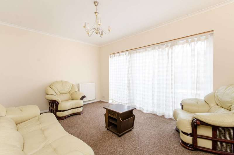 3 Bedrooms Flat for sale in Thornlaw Road, West Norwood, SE27