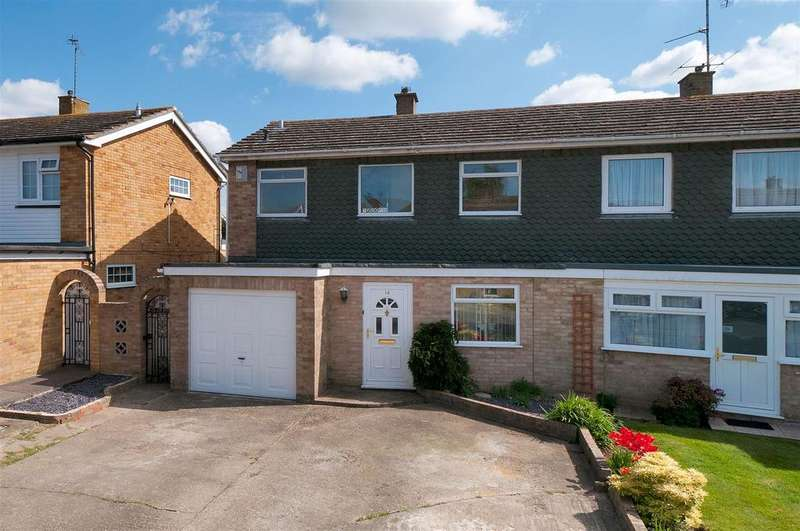 3 Bedrooms Semi Detached House for sale in Pippin Road, East Peckham