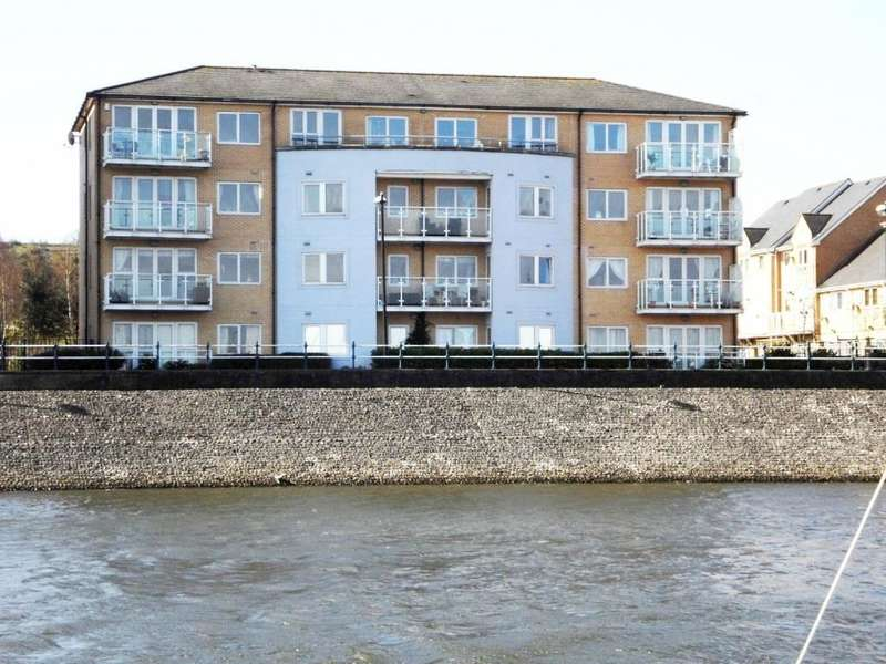 2 Bedrooms Apartment Flat for sale in Marconi Avenue, Penarth