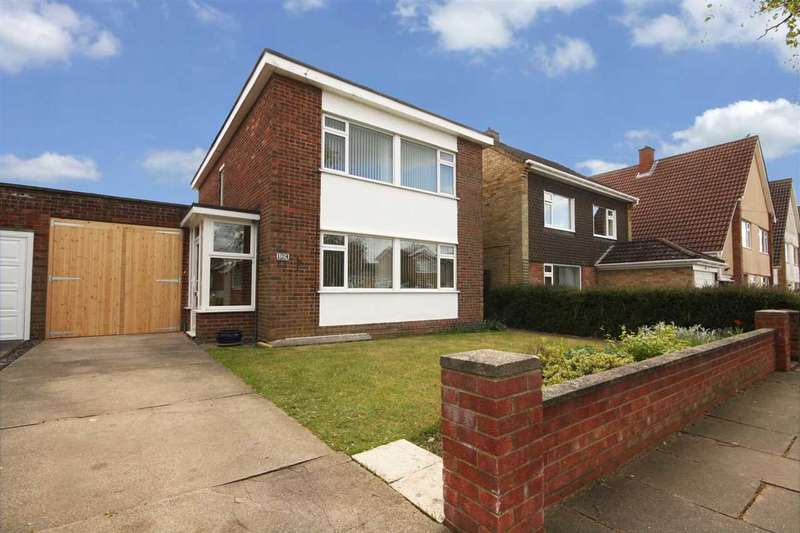 3 Bedrooms Detached House for sale in Larchcroft Road, Ipswich