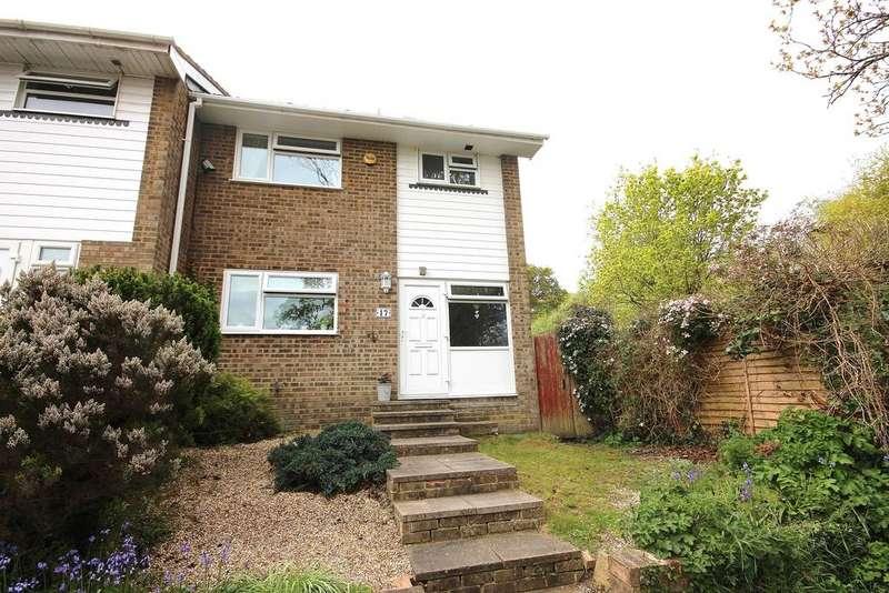 3 Bedrooms Semi Detached House for sale in Haven Road, Corfe Mullen, Wimborne