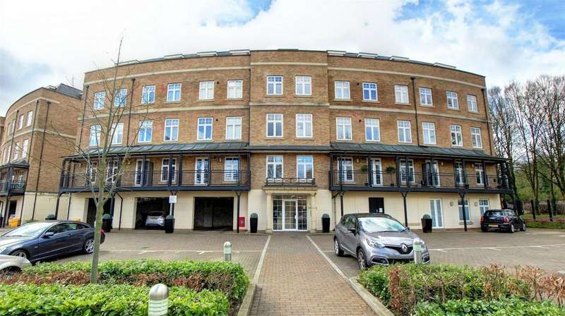 2 Bedrooms Flat for sale in Jefferson Place, Bromley, Kent