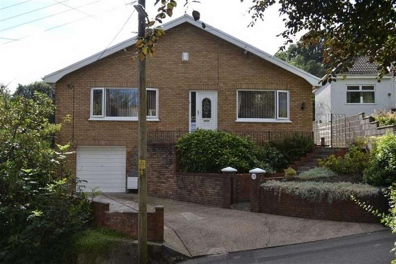 3 Bedrooms Detached Bungalow for sale in Glynmeirch Road, Trebanos, Swansea
