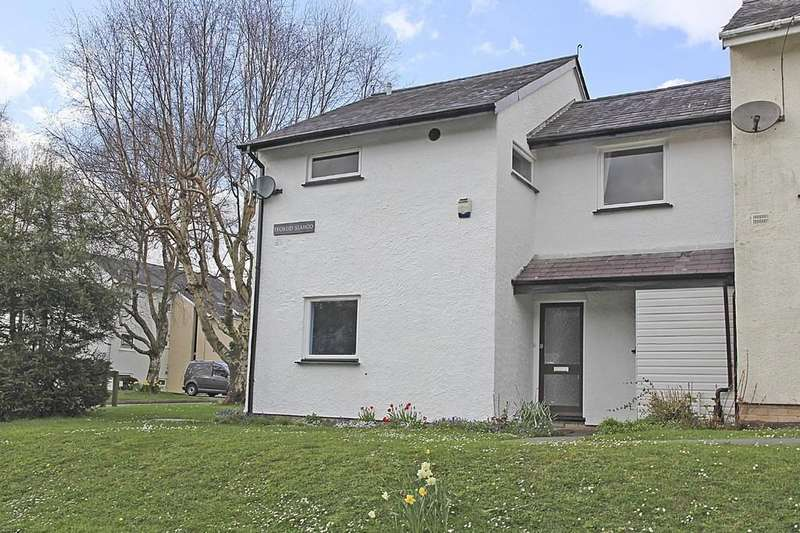 3 Bedrooms Semi Detached House for sale in Ffordd Siabod, Y Felinheli, North Wales