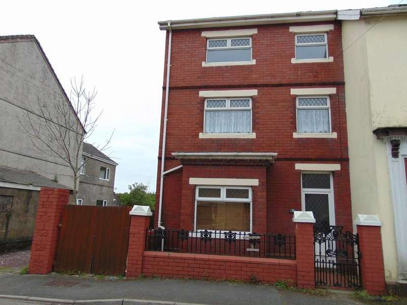 4 Bedrooms End Of Terrace House for sale in New Street, Burry Port