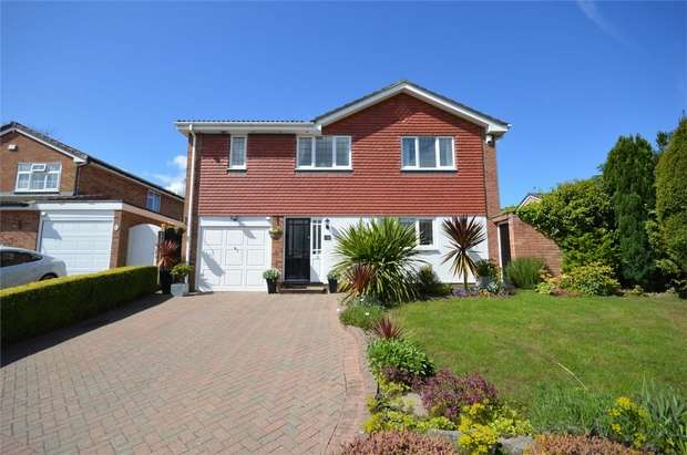 5 Bedrooms Detached House for sale in Morello Drive, Spital, Merseyside