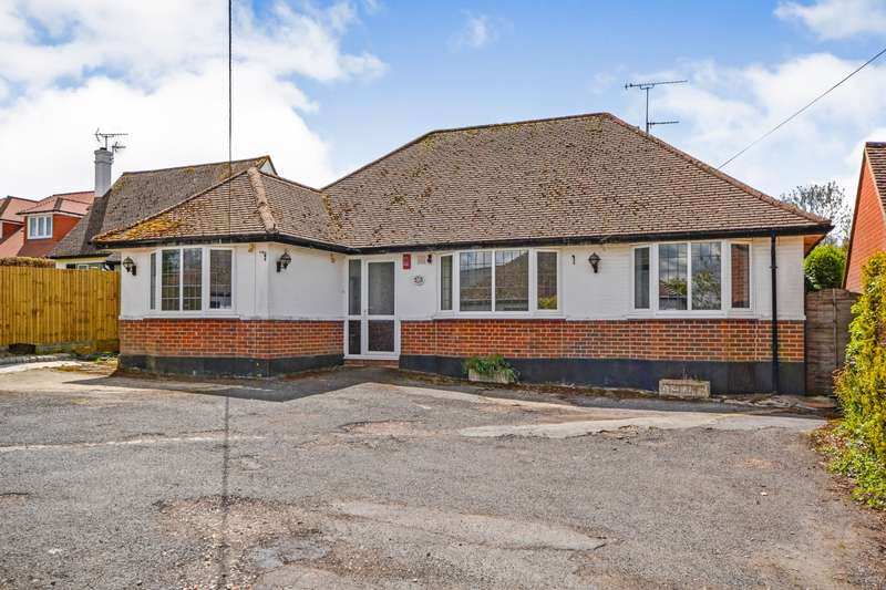 4 Bedrooms Detached Bungalow for sale in Hastings Road, Battle, TN33