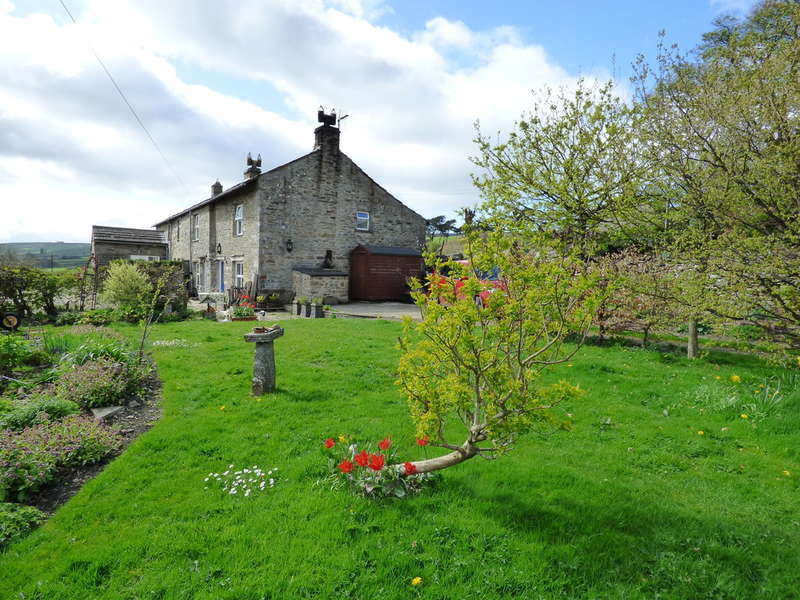 3 Bedrooms Cottage House for sale in Manor Farm Cottage, Melmerby, Coverdale